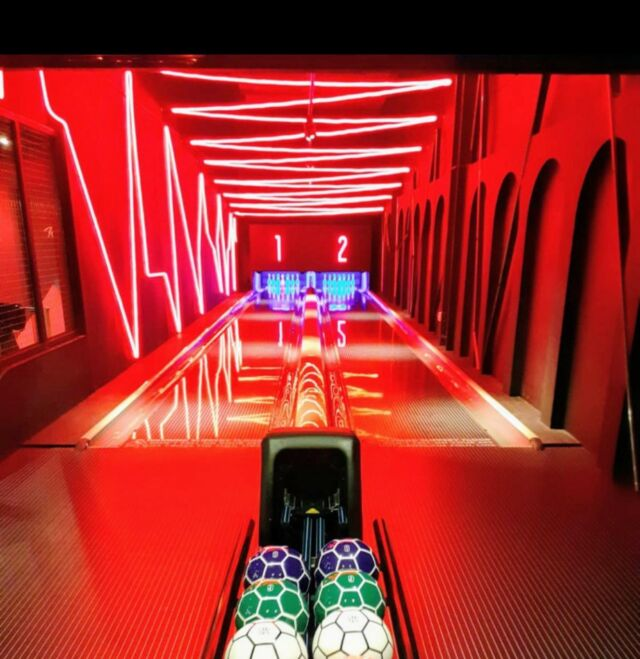 This is not just bowling, this is @lane7_ bowling.   Lane 7 Manchester opens on Monday.   @torridon.london understands that sometimes you have to let the brand do the talking, we are just there to find the next Manchester.  Shout out to Tom Powell at @metis_real_estate and Sam Evison and Laurence Jones at @trilogyproperty   #MANCHESTER #RETAIL #F&B #RESTAURANT #LEISURE #COMPETITIVESOCIALISING #ROLLINGTHEDICE #DEVELOPMENT #AGENCY #RESTAURANTAGENT #LEISUREAGENT #RETAILAGENT #POSITIVITY #TORRIDON #CHOOSELIFE #CHOOSENOTTOCHOOSEANYTHINGOTHERTHANLIFE #CHOOSETORRIDON